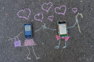 cellphone_love_story_by_isabellaspace-d4aqsws