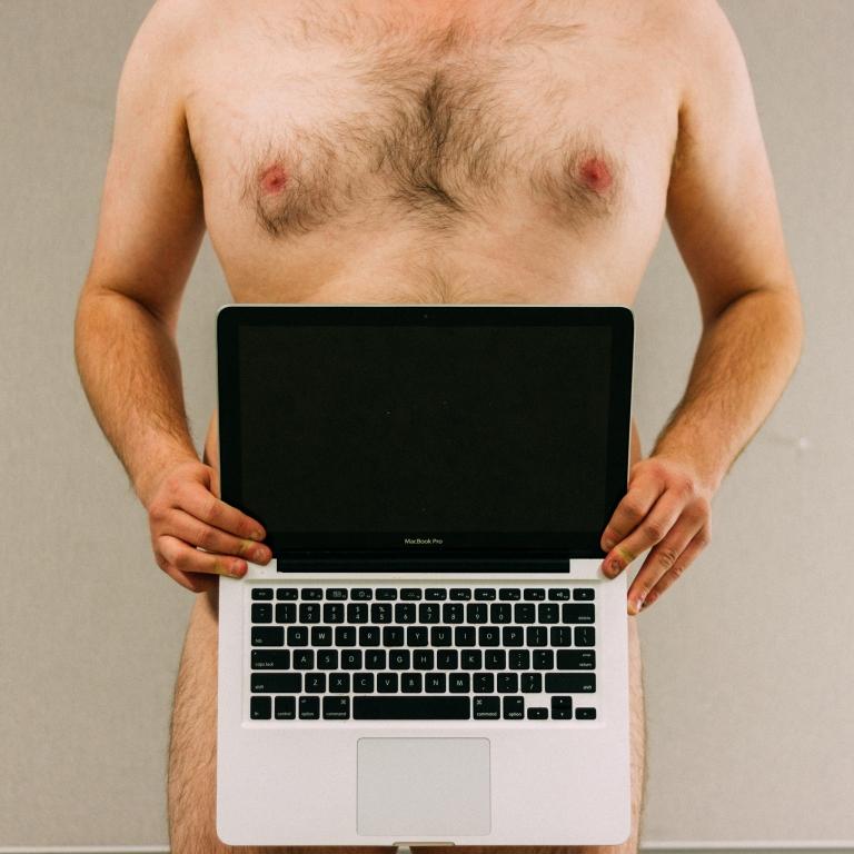 nakedmatt